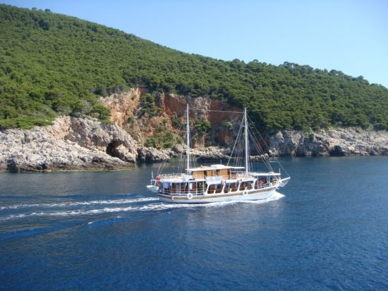 Traditional Cruises