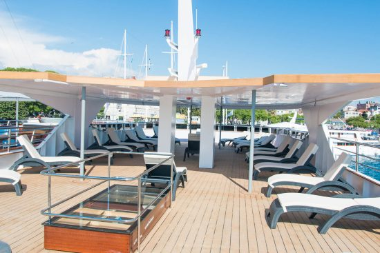 Ms Infinity Sundeck