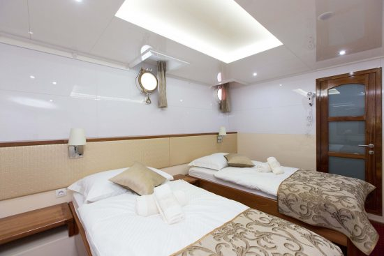 MS Apolon Twin Room