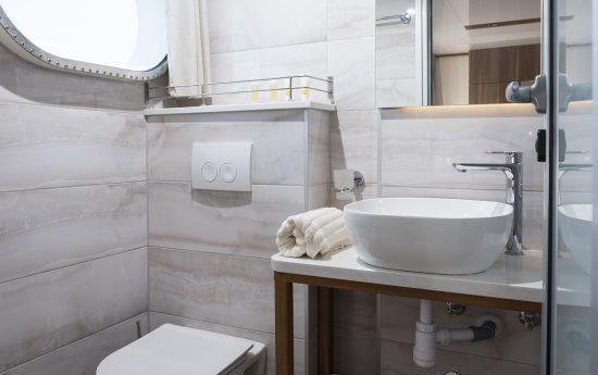 Il Mare Bathroom 1