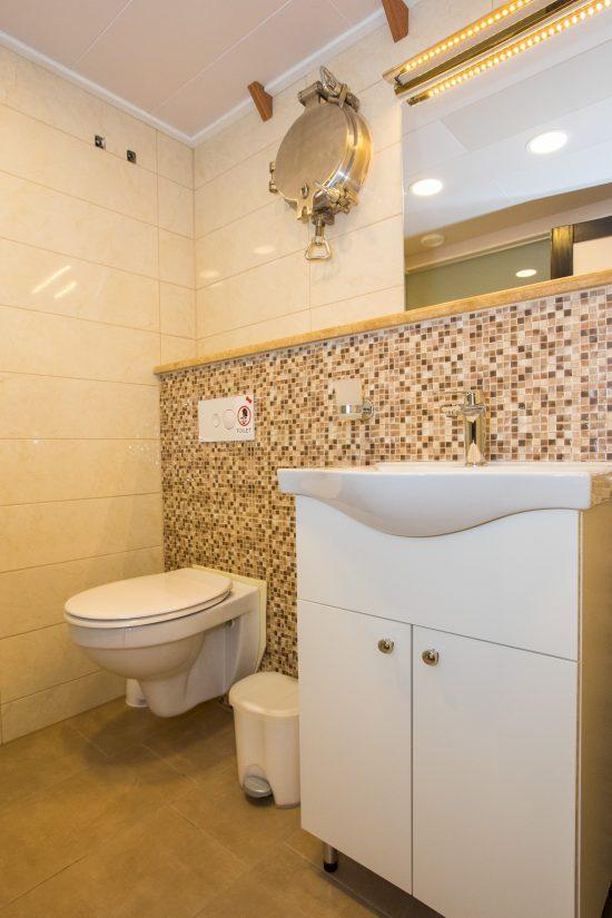 Adriatic Princess Bathroom