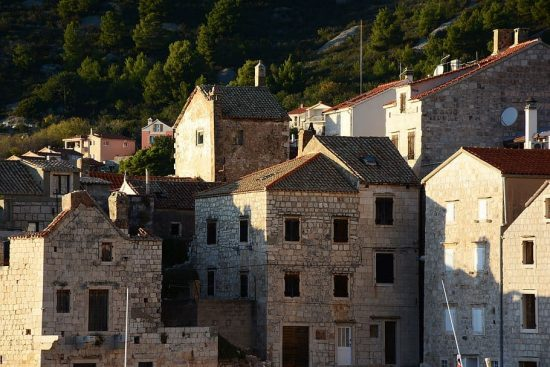 The stone buildings of Vis