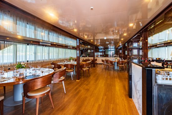 New Star restaurant and bar with panoramic views